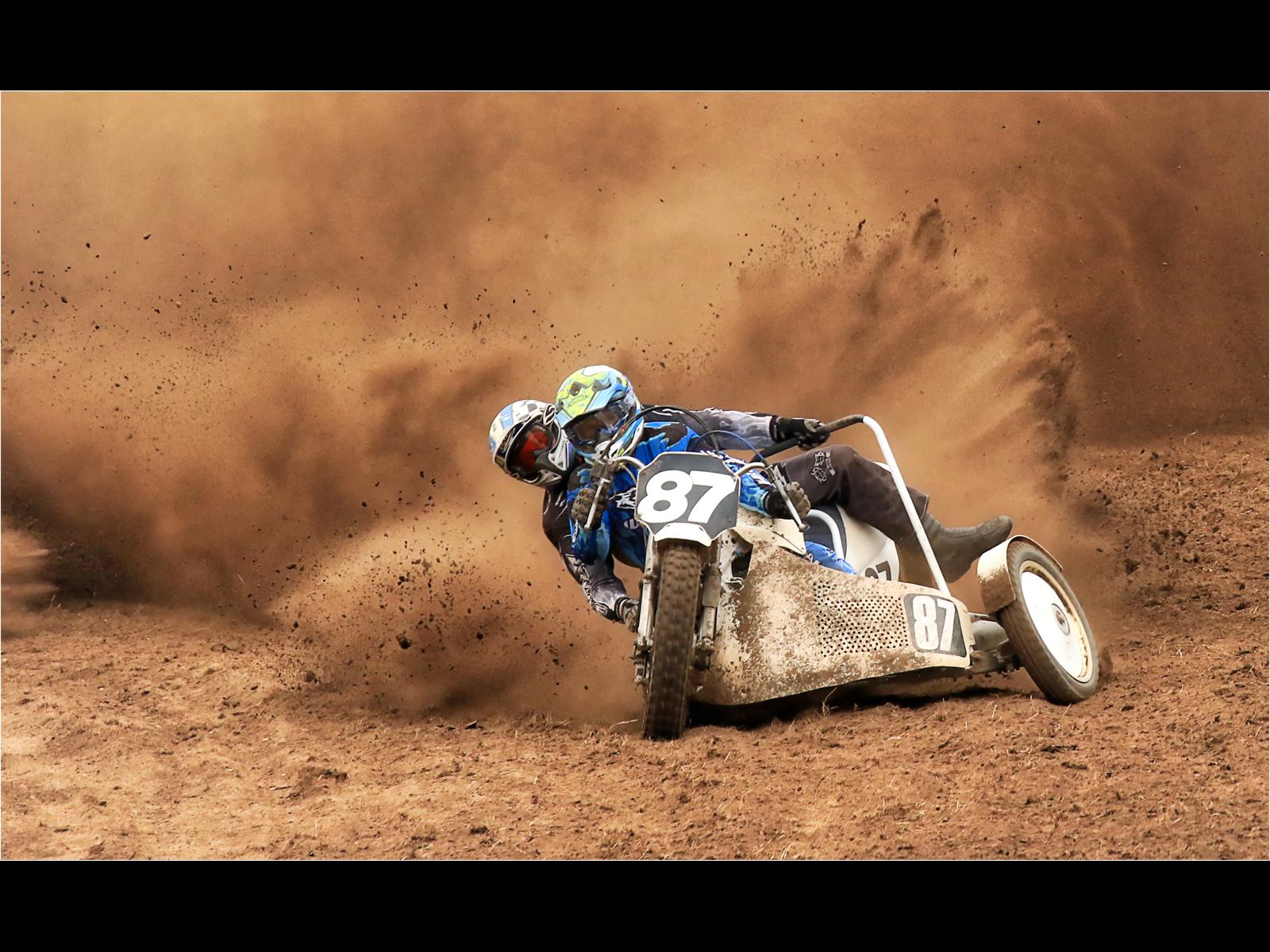 B1454790_Bev Hayes_Making Dust